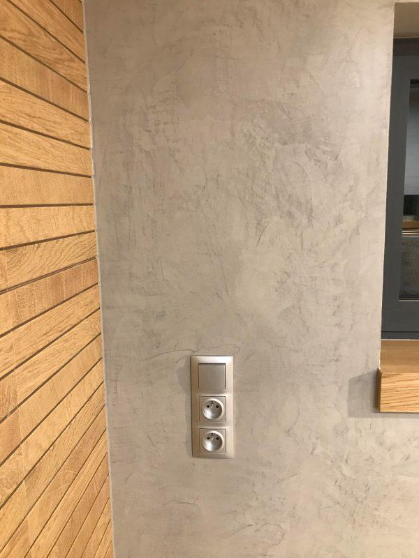 mikrocement w łazience na ścianach-okno-posadzka żywiczna-mikrobeton-beton architektoniczny-pulawy-lublin-radom-warszawa